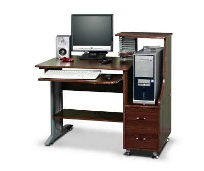 Компьютерный стол удобен и практичен